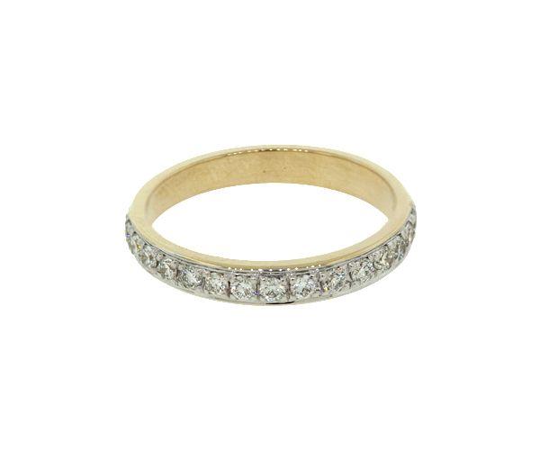 Joli jonc semi-éternité pour dame en or 10k serti de diamants